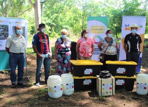 Entrega de kits de potabilización y protección personal a 10 sistemas de agua en La Libertad