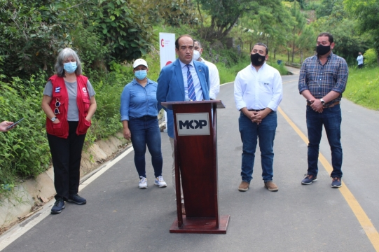 Proyecto Caminos Rurales: Inauguración del tramo San Miguel de Mercedes y San Antonio Los Ranchos, Chalatenango