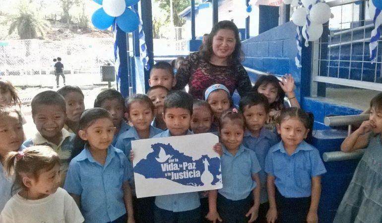 El FISDL, la Junta de Andalucía y la Alcaldía Municipal apoyan Centro Escolar de Gualococti en Morazán