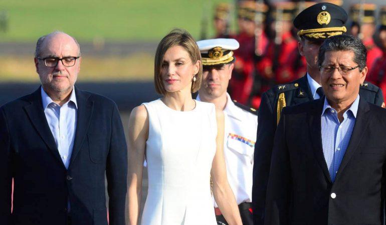 La Reina Letizia llegó a El Salvador para visitar proyectos de cooperación