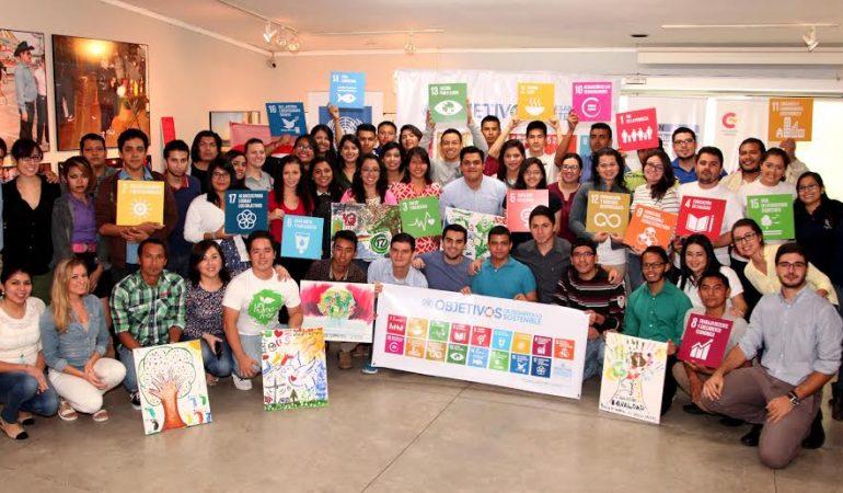Jóvenes se reúnen para conocer los 17 ODS en la Cumbre para el Bien Social