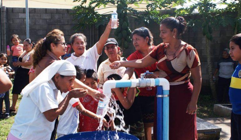 Día Mundial del Agua: Agua y Empleo, el FCAS apoya la formación en Agua en El Salvador