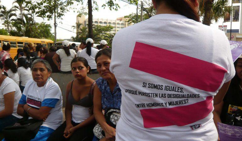 Impulso a Cooperación Triangular Perú – El Salvador en materia de feminicidio
