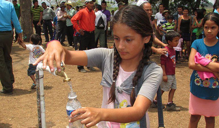 El nuevo sistema de agua potable inaugurado en el municipio de San José Guayabal, mejorará la calidad de vida de sus habitantes