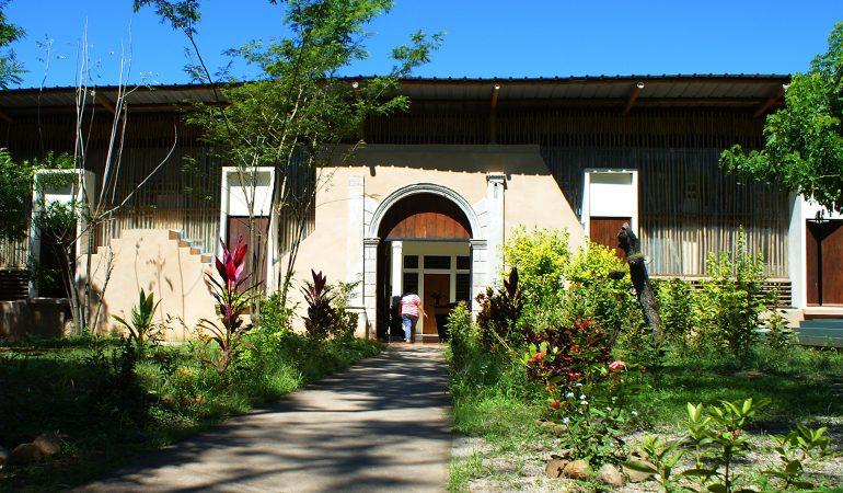 La AECID seguirá fortaleciendo la Casa de las Mujeres en Suchitoto