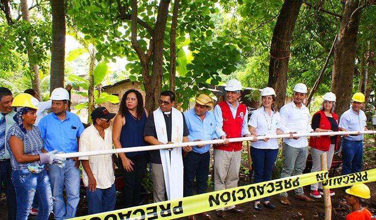 Nuevos servicios de agua potable y saneamiento para 3,700 personas en Metalío, Acajutla
